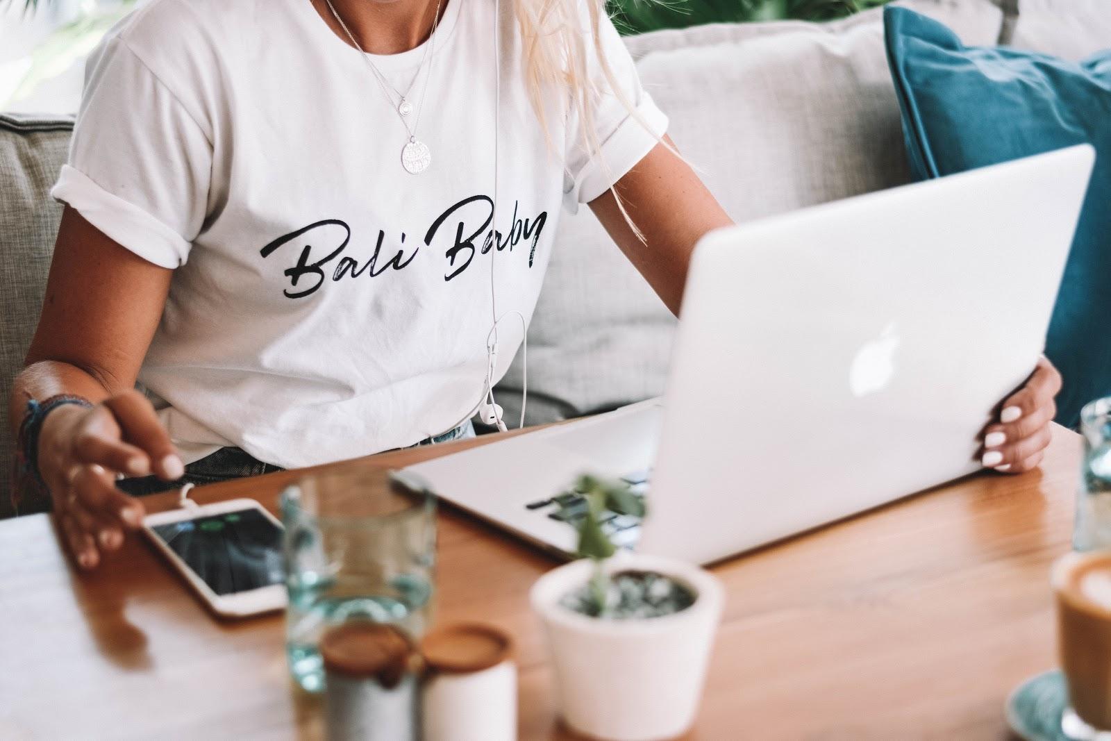 Зачем эксперту блог?